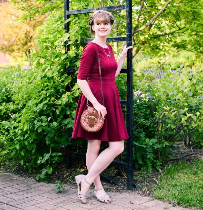 modcloth red dress gray sandals (9).jpg